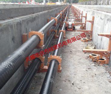 {隧道}220kV杭大线复合材料电缆支架使用实例